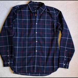 Like New Gap Button Down Shirt